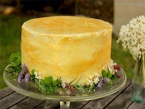 HOLIDAY SAFFRON CAKE